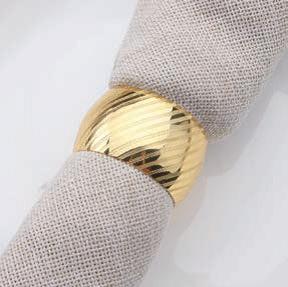 Serviettenring gold mit Streifenmuster